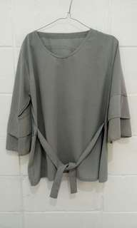 Blouse grey abu