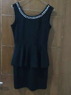 Jual Dress Hitam
