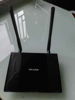 TP-LINK WR841HP High Power Router