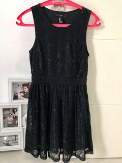 FOREVER21 LACEY DRESS
