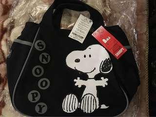 🚚 Snoopy手拿包