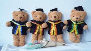 🚚 Graduation teddy bears + flower bouquets