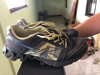Sepatu reebok training original ukuran 45