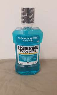 [MOVING OUT CLEARANCE] Listerine Cool Mint Mouthwash