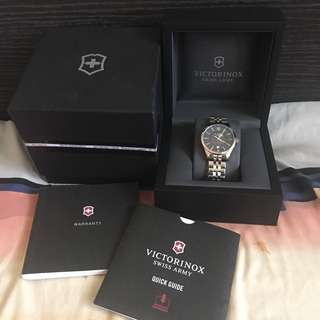 For Sale 20k (negotiable) Victorinox Swiss Army Watch Amazon Price $550 Please check pictures Call or Text 09328890810 for more info Thank you :)