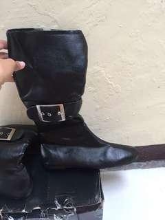 Boots Hitam Ercada