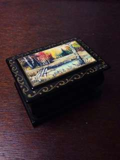 Tiny Lacquerware Trinkets Box