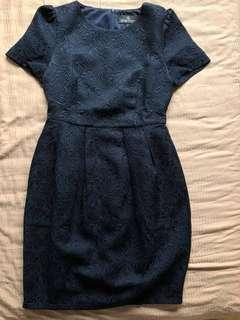 Doublewoot lantern black dress