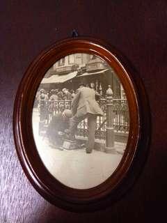 Vintage Oval Shaped Frames set of 3