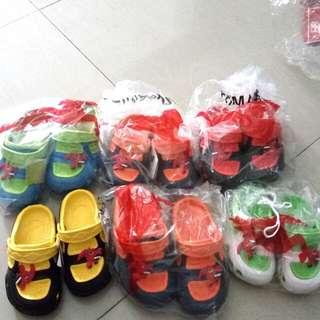 NEW sandal baim