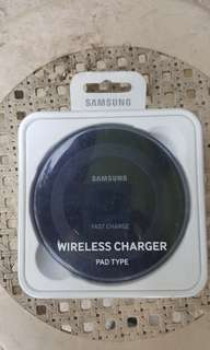 Used Samsung Fast Wireless Charger