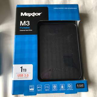 Maxtor M3 Portable External Hard Drive 1000GB