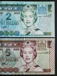 2002 FIJI x2 Banknotes.