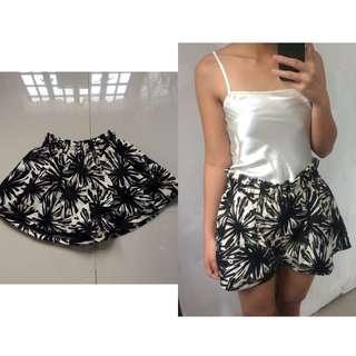 Printed Garterized Shorts