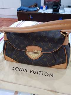 Louis Vuitton Beverly MN
