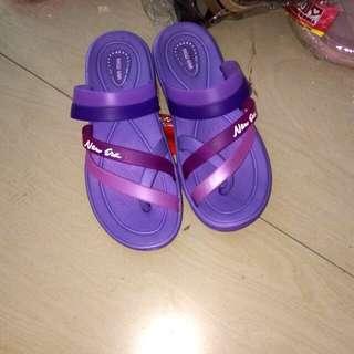 NEW sandal wanita karet NEW ERA