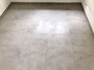 Tiler, Tiling, cement screed, epoxy painting