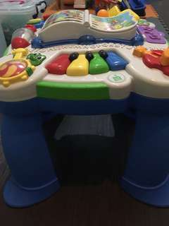Leap frog musical toy w stand
