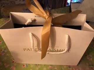Pandora 紙袋