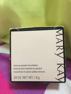 Make up powder foundation