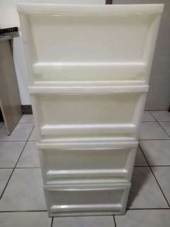 Detachable plastic drawer
