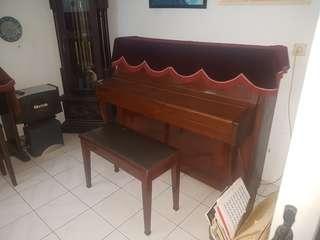 Piano rosler eropa not yamaha kawai