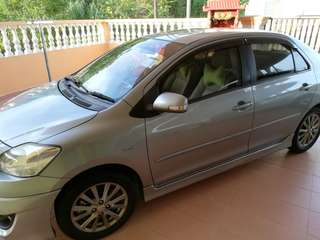 Toyota vios 1.5 G Limited Silver Colour