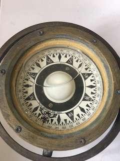 Compass antiques