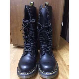 🚚 幾近全新保證正品 美國購入 賠售 Dr. Martens14孔 馬汀大夫 馬汀鞋 英國靴 黑色馬汀靴 uk3號 eu36
