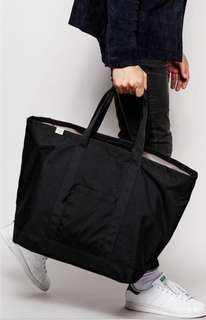 Herschel, Bamfield Mid Tote - Black Black bag