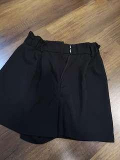 Black waist tie h&m shorts