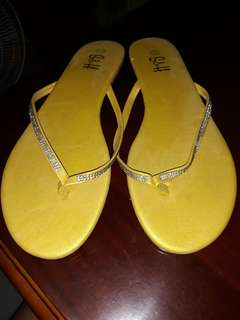 S&H yellow sandals 9