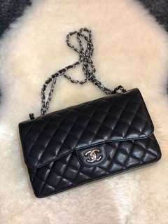 CHANEL Jumbo (30cm) Caviar, Double Flap