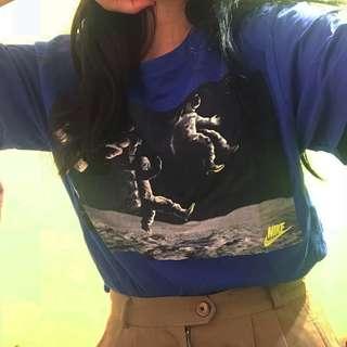 🚚 Nike太空人登月球T