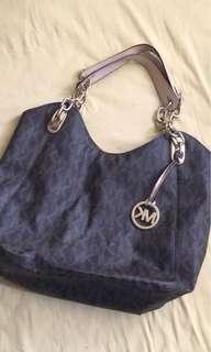 Pre-loved MK shoulder bag