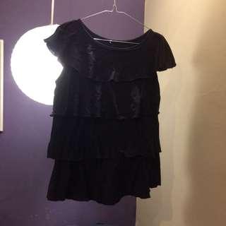 Black ruffle top