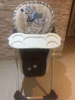 嬰幼兒豪華餐椅