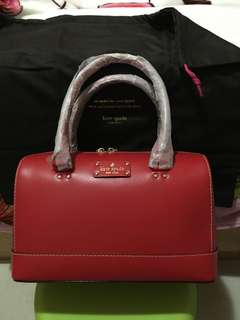 🈹🆕Kate Spade ♠️ Wellesley Kaleigh Geranium Red Handbag