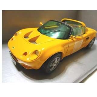 🚚 天地 藝品 全新 1:18 ( 經典 版 ) LOTUS 111S 蓮花 ELISE 111S 1997 超級 跑車 珍藏 品 割愛 !