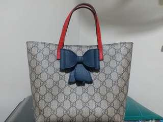 """100% authentic   Gucci children GG supreme bow tote 90%new size:8""""w ×7.5hx4d"""