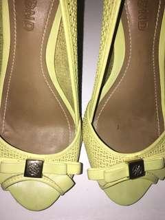Dumond Yellow Leather Sandals