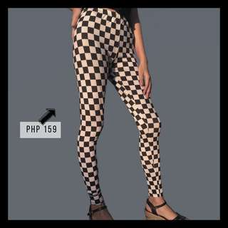 Checkered High-Waist Leggings