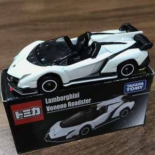 Tomica 白牛 Lamborghini