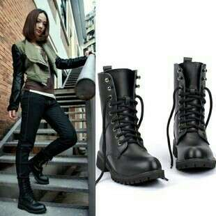 😊PREORDER 😊💯🆕Black Boots