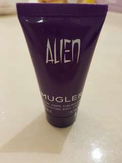 🚚 Thierry Mugler Body Cream