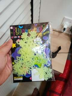 Glow In the Dark Snowie Stars! 1 pack only. $1 only!