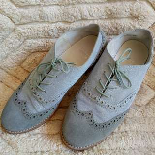 Authentic Stuart Weitzman Brogue Oxford shoes