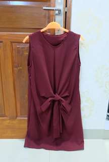 Tied simple dress