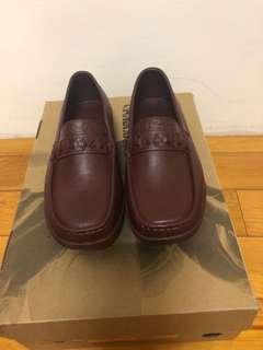 🚚 全新的膠鞋