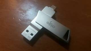 出售全新32GB aigo OTG flash drive
